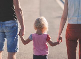 Gdzie młodzi rodzice mogą znaleźć porady o wychowaniu dzieci
